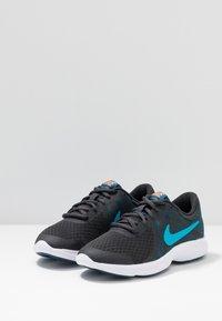 Nike Performance - REVOLUTION 4 - Hardloopschoenen neutraal - off noir/light current blue/blue force/metallic copper - 3