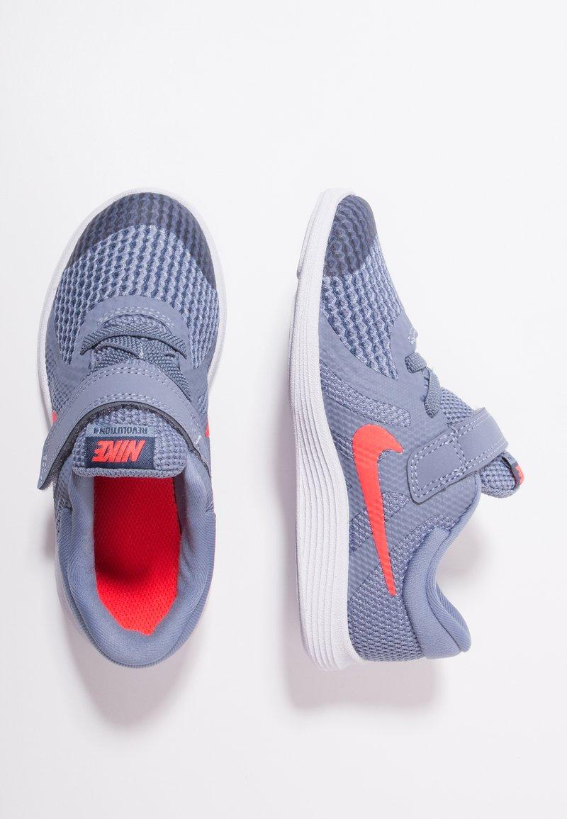 Nike Performance - REVOLUTION 4 - Laufschuh Neutral - ashen slate/flash crimson/diffused blue