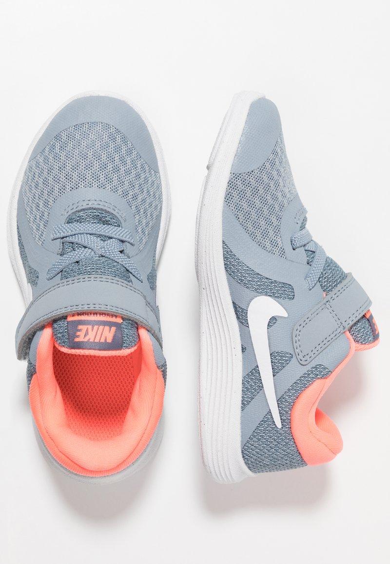 Nike Performance - REVOLUTION 4 - Juoksukenkä/neutraalit - obsidian mist/white/lava glow/armory blue