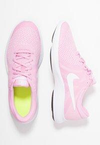 Nike Performance - REVOLUTION 4 - Neutrala löparskor - pink rise/white/pink foam/black - 0