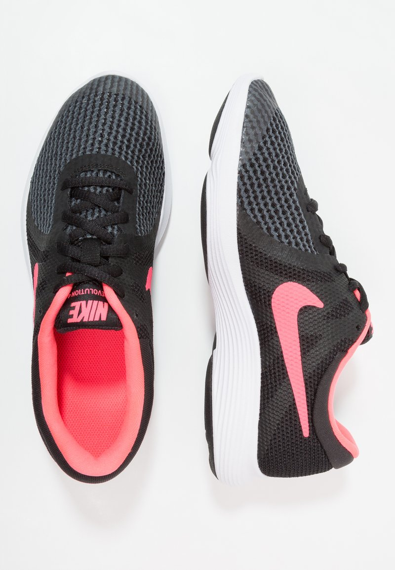 Nike Performance - REVOLUTION 4 - Hardloopschoenen neutraal - black/white/racer pink