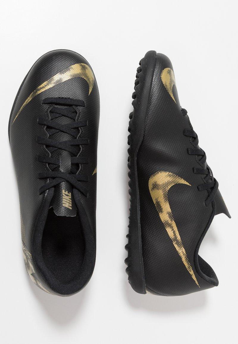 Nike Performance - MERCURIAL VAPORX 12 CLUB TF - Fußballschuh Multinocken - black/metallic vivid gold