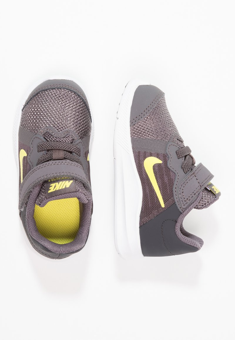 Nike Performance - DOWNSHIFTER  - Nøytrale løpesko - thunder grey/dynamic yellow/oil grey/black/white