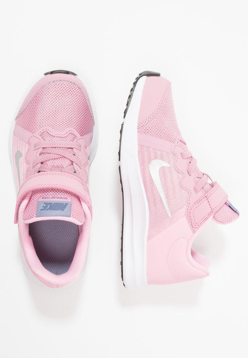 Nike Performance - DOWNSHIFTER 8 - Neutrale løbesko - elemental pink/metallic silver/pink