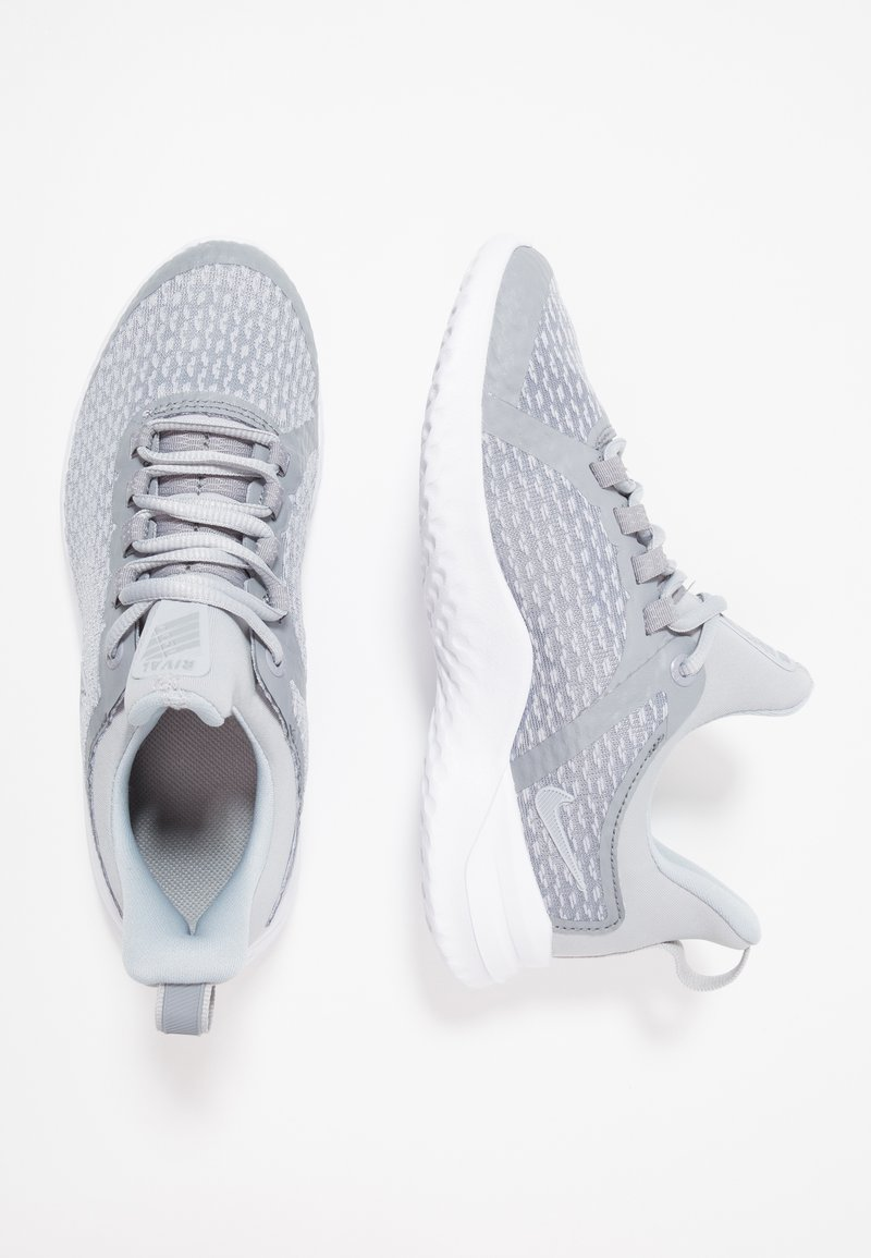Nike Performance - RENEW RIVAL - Laufschuh Neutral - wolf grey/white