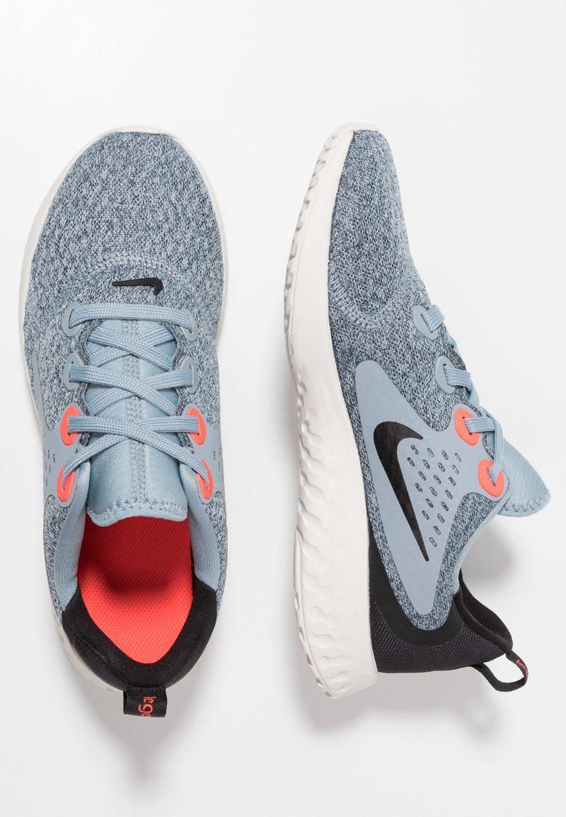 Nike Performance - LEGEND REACT - Scarpe running neutre - obsidian mist/black/bright crimson/phantom
