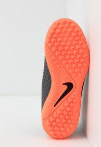 Nike Performance - PHANTOM OBRAX 3 ACADEMY DF TF - Korki Turfy - dark grey/bright mango/black - 5