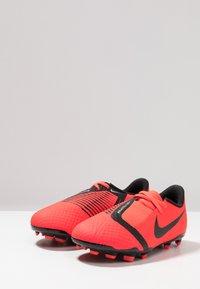 Nike Performance - NIKE JR. PHANTOM ACADEMY FG FUSSBALLSCHUH FÜR NORMALEN RASEN FÜR ÄLTERE KINDER - Voetbalschoenen met kunststof noppen - bright crimson/black/metallic silver - 3