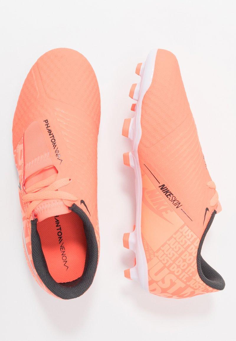 Nike Performance - NIKE JR. PHANTOM ACADEMY FG FUSSBALLSCHUH FÜR NORMALEN RASEN FÜR ÄLTERE KINDER - Voetbalschoenen met kunststof noppen - bright mango/white/orange/anthracite