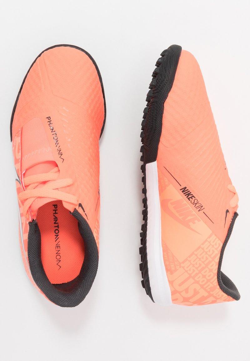 Nike Performance - PHANTOM ACADEMY TF - Voetbalschoenen voor kunstgras - bright mango/white/orange pulse/anthracite