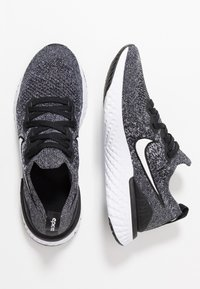 Nike Performance - EPIC REACT FLYKNIT 2 - Chaussures de running neutres - black/white - 0
