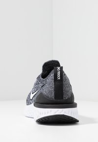 Nike Performance - EPIC REACT FLYKNIT 2 - Chaussures de running neutres - black/white - 4