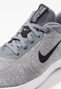 Nike Performance - FLEX EXPERIENCE RN 8 - Neutral running shoes - cool grey/black/reflect silver/white - 2