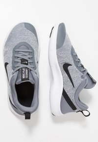 Nike Performance - FLEX EXPERIENCE RN 8 - Neutral running shoes - cool grey/black/reflect silver/white - 0