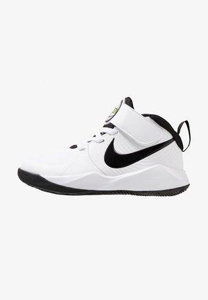 TEAM HUSTLE 9  - Basketbalové boty - white/black/volt