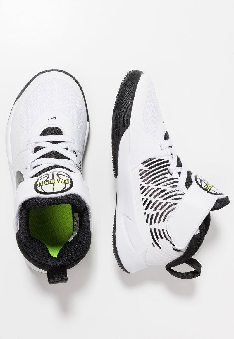Nike Performance - TEAM HUSTLE 9  - Basketball shoes - white/black/volt