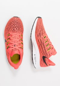 Nike Performance - AIR ZOOM PEGASUS 36 - Hardloopschoenen neutraal - laser crimson/black/bright cactus/white - 0