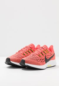 Nike Performance - AIR ZOOM PEGASUS 36 - Hardloopschoenen neutraal - laser crimson/black/bright cactus/white - 3