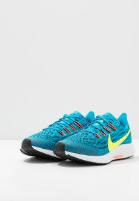 Nike Performance - AIR ZOOM PEGASUS 36 - Hardloopschoenen neutraal - laser blue/lemon/black/hyper crimson - 3
