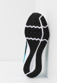 Nike Performance - DOWNSHIFTER 9 - Hardloopschoenen neutraal - black/white/laser blue/lemon - 5