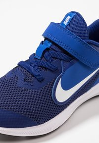 Nike Performance - DOWNSHIFTER 9  - Neutral running shoes - deep royal blue/white/game royal/black - 2