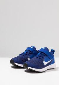 Nike Performance - DOWNSHIFTER 9  - Neutral running shoes - deep royal blue/white/game royal/black - 3