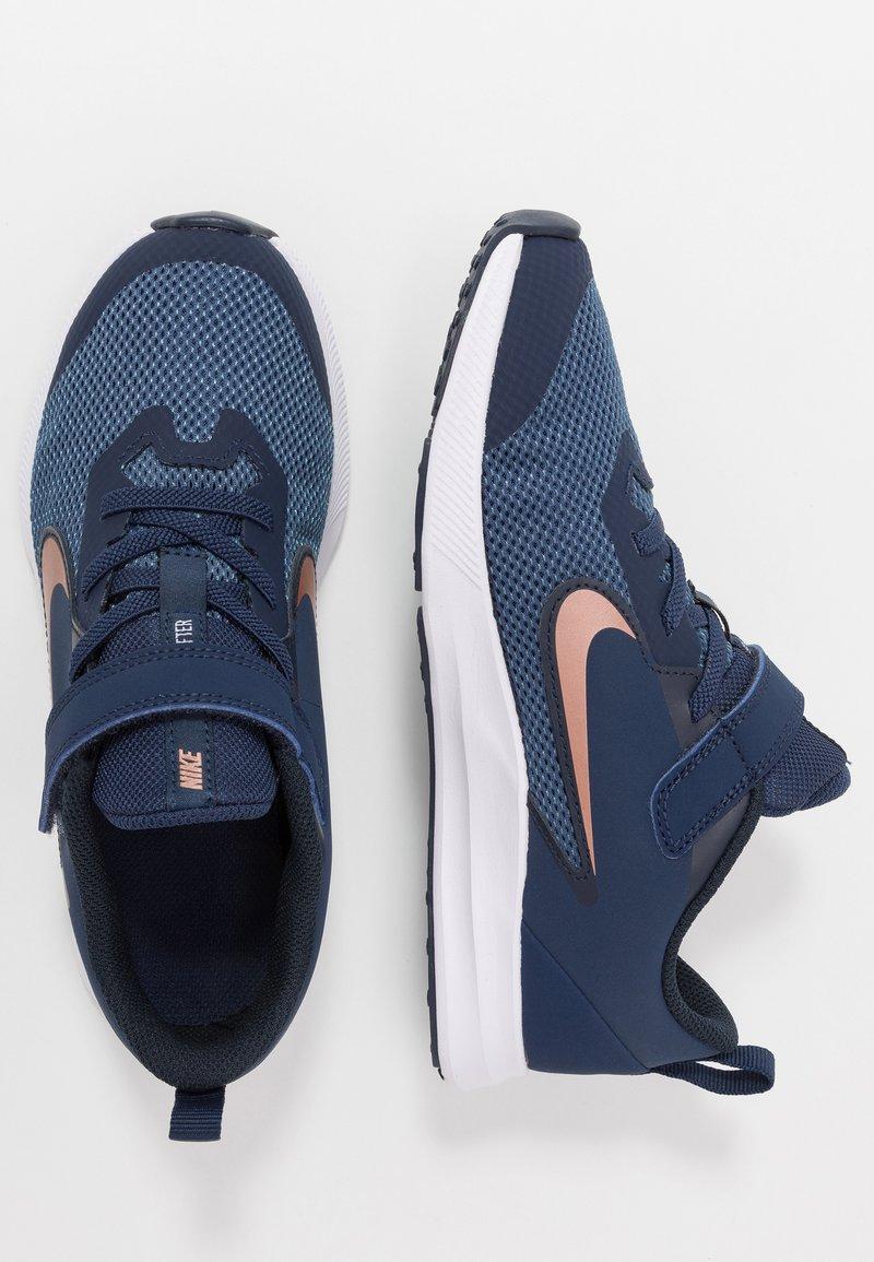 Nike Performance - DOWNSHIFTER 9  - Neutral running shoes - midnight navy/metallic red bronze/dark obsidian