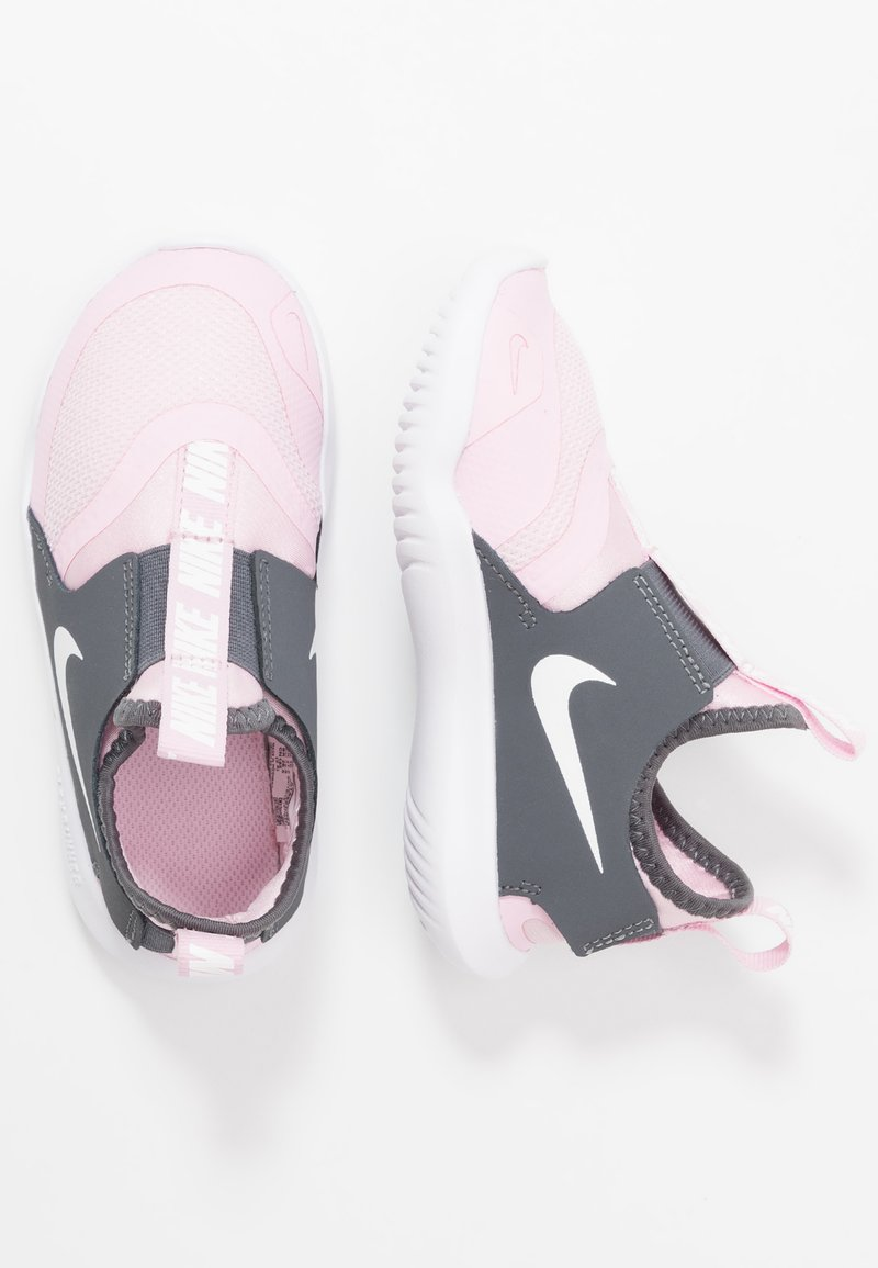 Nike Performance - FLEX RUNNER - Neutrální běžecké boty - pink foam/white/dark grey