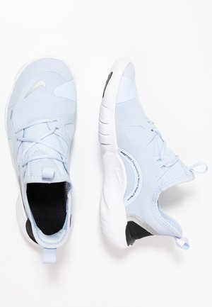 FREE RN 5.0 - Minimalist running shoes - half blue/metallic silver/aluminum/black