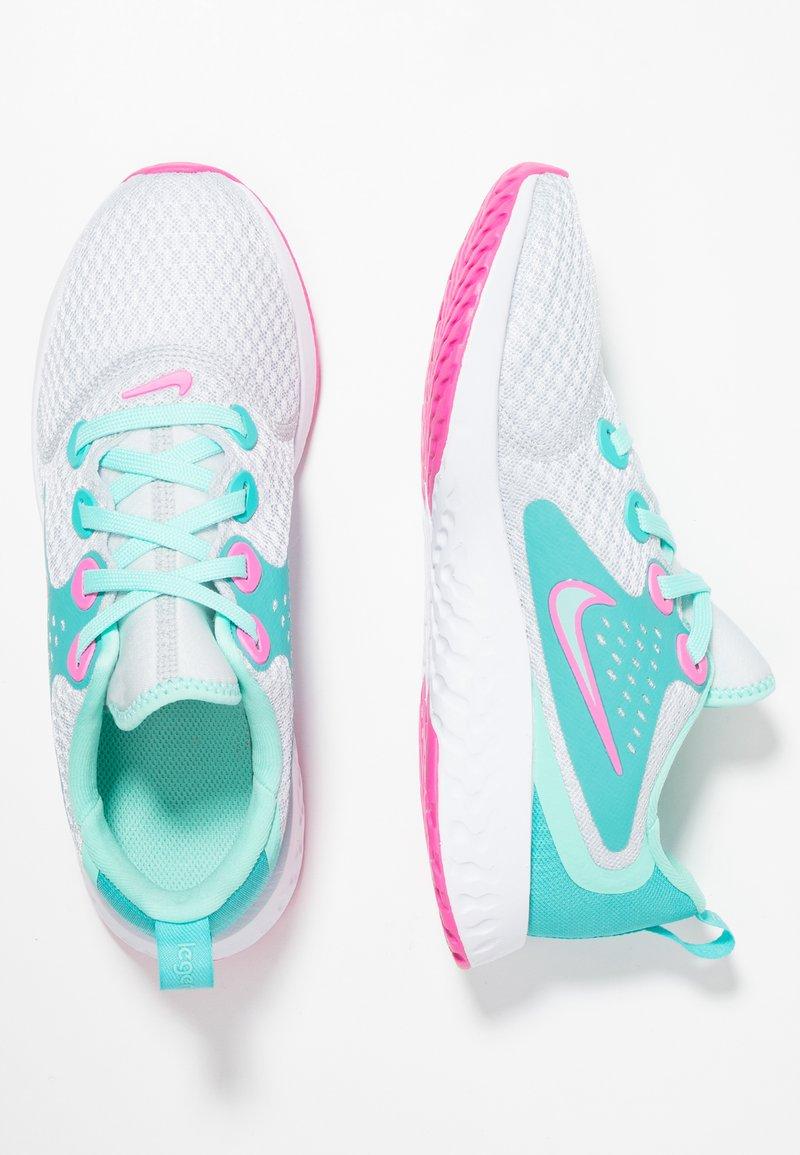Nike Performance - LEGEND REACT AQUA - Zapatillas de running neutras - pure platinum/tropical twist/cabana/laser fuchsia