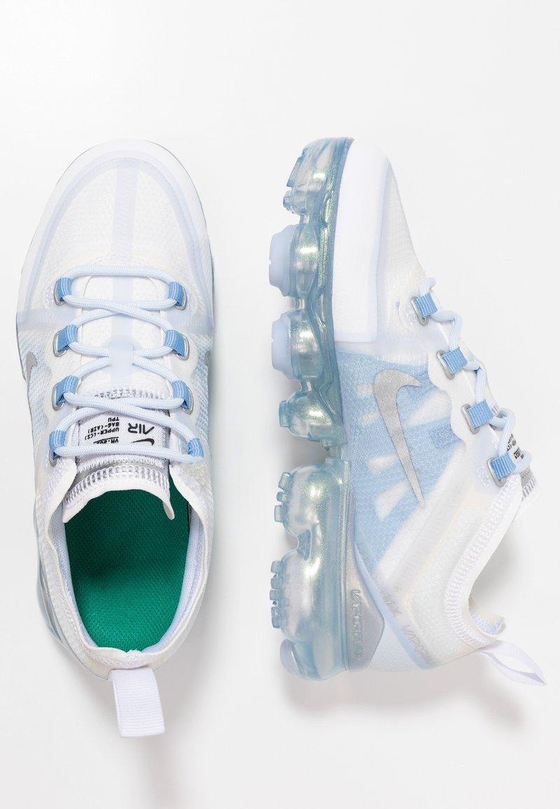Nike Performance - AIR VAPORMAX 2019 - Laufschuh Neutral - white/metallic silver/psychic blue/half blue
