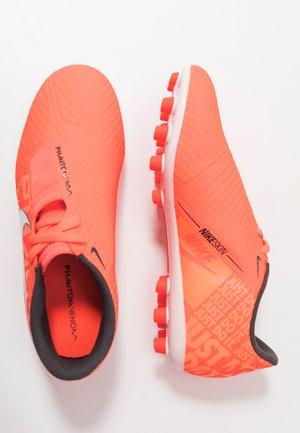 PHANTOM ACADEMY AG - Voetbalschoenen met kunststof noppen - bright mango/white/orange plus/anthrazit