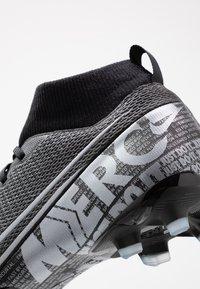 Nike Performance - MERCURIAL 7 ACADEMY FG/MG - Voetbalschoenen met kunststof noppen - black/metallic cool grey/cool grey - 2