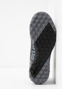 Nike Performance - 7 ACADEMY TF - Korki Turfy - black/metallic cool grey/cool grey - 5
