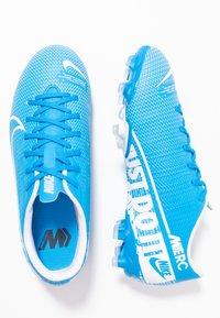 Nike Performance - VAPOR 13 ACADEMY FG/MG - Botas de fútbol con tacos - blue hero/white/obsidian - 1