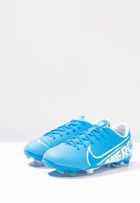 Nike Performance - VAPOR 13 ACADEMY FG/MG - Botas de fútbol con tacos - blue hero/white/obsidian - 2
