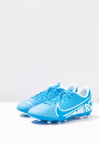 Nike Performance - JR VAPOR 13 CLUB FG/MG - Voetbalschoenen met kunststof noppen - blue hero/white/obsidian - 3