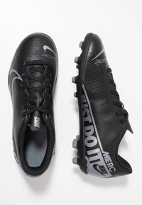 Nike Performance - JR VAPOR 13 CLUB FG/MG - Scarpe da calcetto con tacchetti - black/metallic cool grey/cool grey - 0