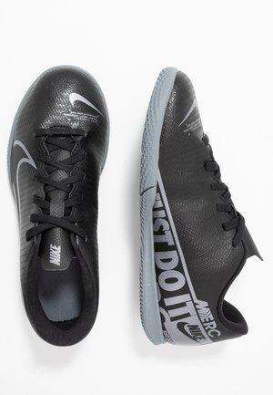 MERCURIAL VAPOR 13 CLUB IC - Chaussures de foot en salle - black/metallic cool grey/cool grey