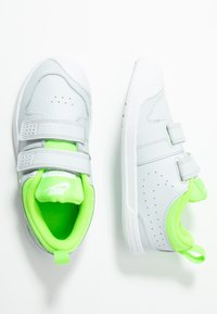 Nike Performance - PICO 5  - Scarpe da fitness - pure platinum/electric green/white - 1