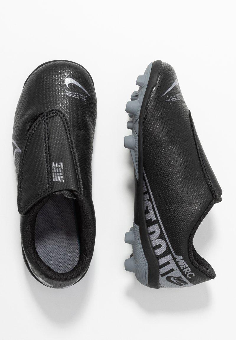 Nike Performance - VAPOR 13 CLUB MG  - Fußballschuh Nocken - black/metallic cool grey/cool grey
