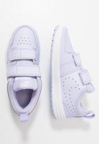 Nike Performance - PICO 5 - Obuwie treningowe - lavender mist/white - 0