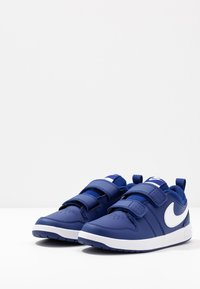 Nike Performance - PICO 5 - Træningssko - deep royal blue/white - 3