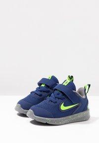 Nike Performance - DOWNSHIFTER 9 RW TDV - Scarpe running neutre - blue void/electric green/gunsmoke - 3