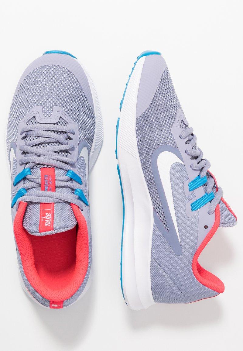 Nike Performance - NIKE DOWNSHIFTER 9 - Neutral running shoes - stellar indigo/white/indigo haze/blue hero