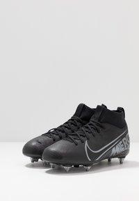 Nike Performance - MERCURIAL JR 7 ACADEMY SG - Voetbalschoenen met kunststof noppen - black/metallic cool grey/cool grey - 3