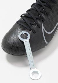 Nike Performance - MERCURIAL JR 7 ACADEMY SG - Voetbalschoenen met kunststof noppen - black/metallic cool grey/cool grey - 6