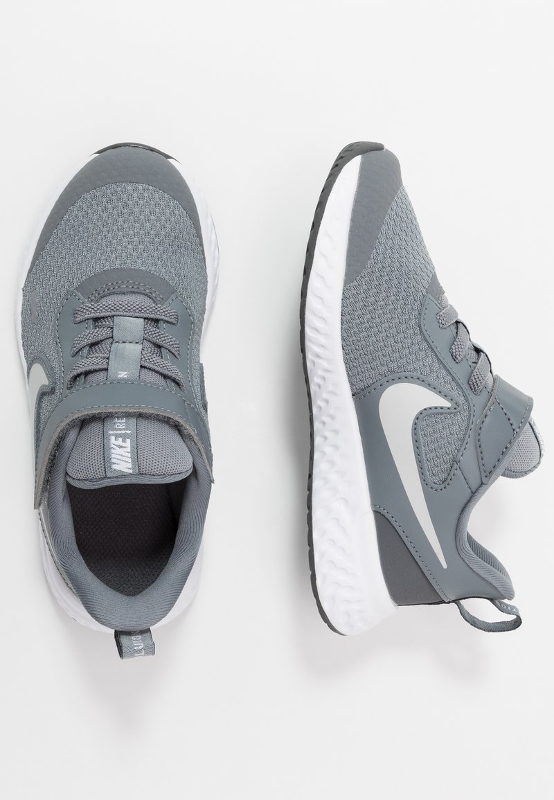 Nike Performance - REVOLUTION 5 - Neutrální běžecké boty - cool grey/pure platinum/dark grey