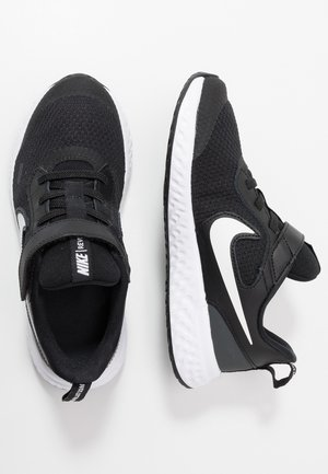 NIKE REVOLUTION 5 PSV - Neutral running shoes - black/white/anthracite