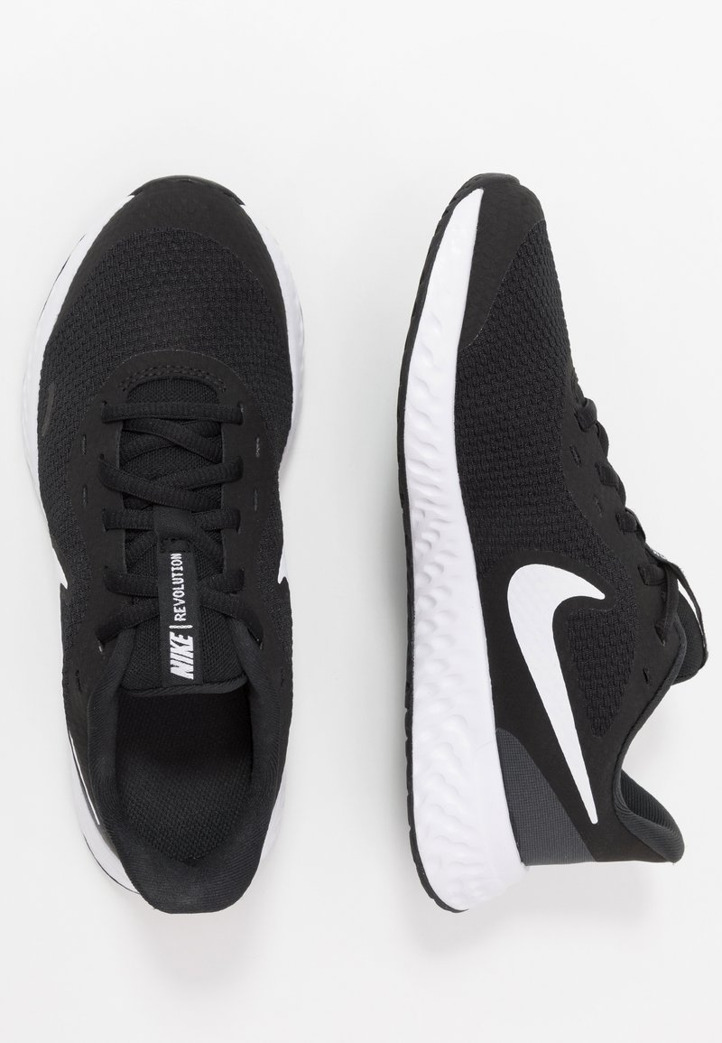 Nike Performance - NIKE REVOLUTION 5 GS - Juoksukenkä/neutraalit - black/white/anthracite